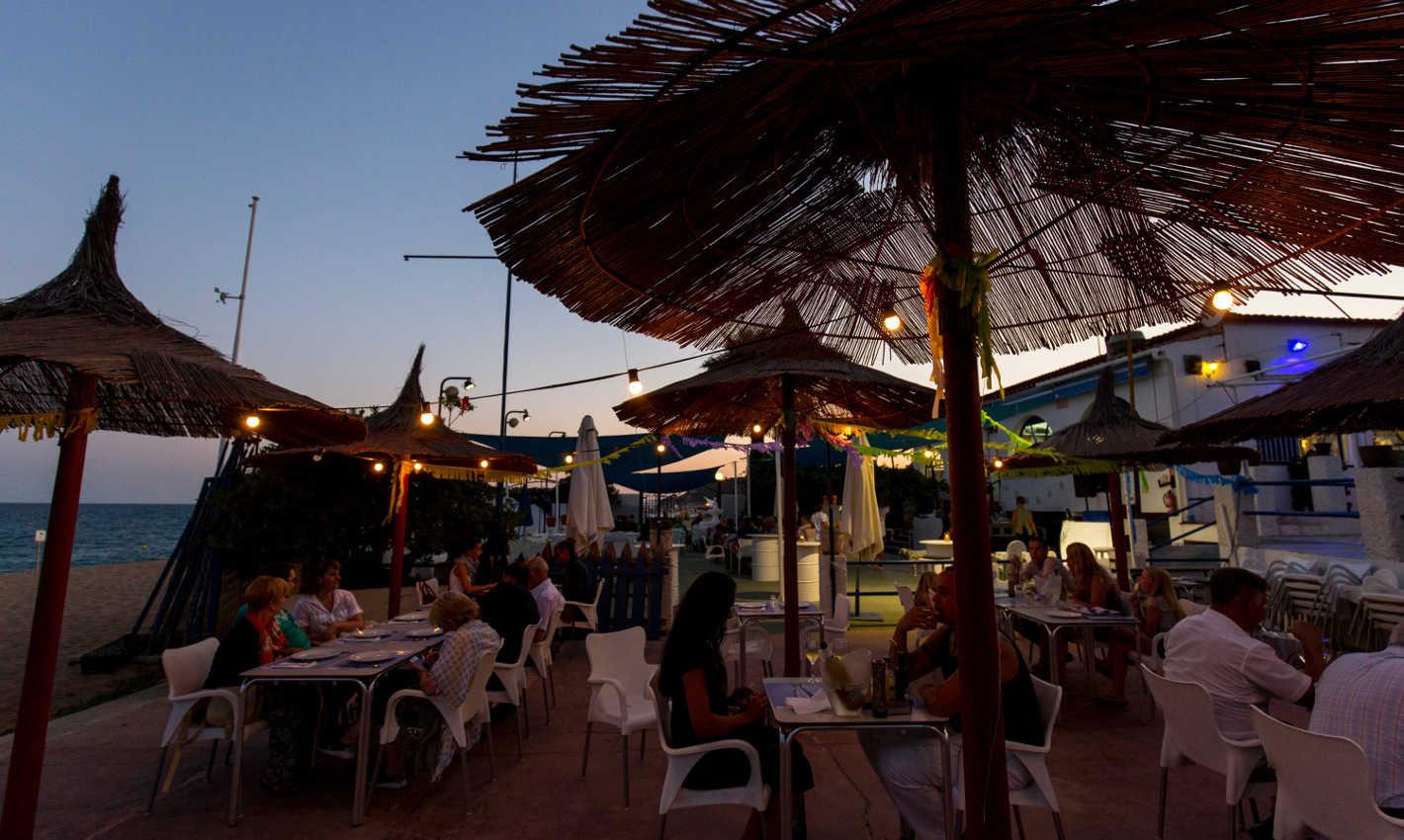 platja-gran-calella-restaurant-terrassa